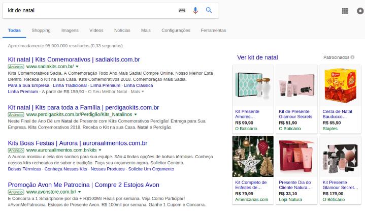 """Página de resultados de busca (SERP) para o termo """"kit de Natal""""."""
